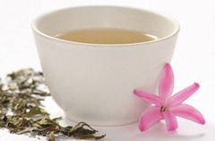 white-tea brewed in china cup with flower